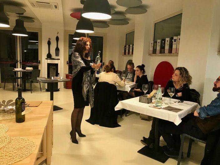 a tutto tonno cena a tema con Elena Carmignani